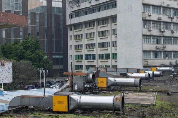 索菲亚酒店油烟净化器安装案例图三